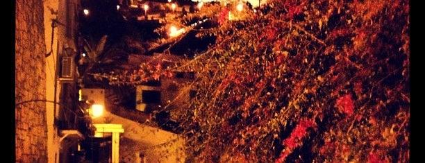 Barrio de Santa Cruz, Alicante is one of Favoritos Alicante.