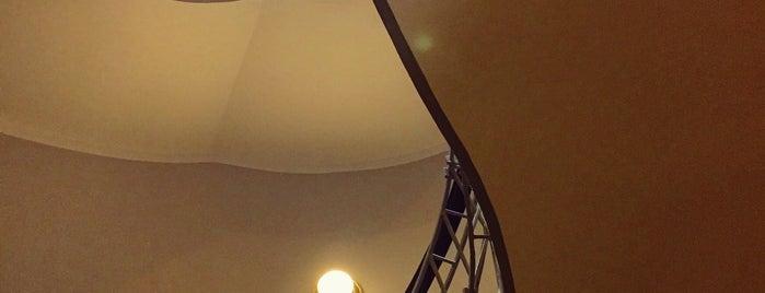 The House of the Black Madonna is one of Praga 3 Dias.