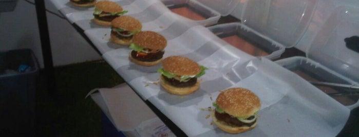 La Super Hamburguesa A La Parrilla is one of A COMER.....