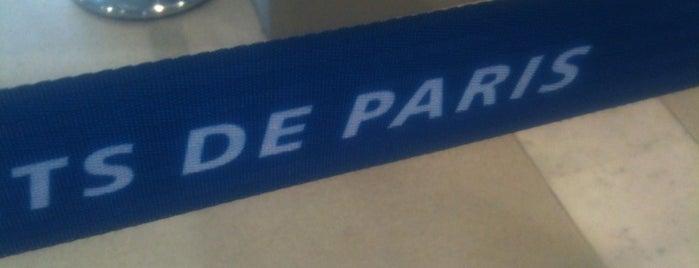 Flughafen Paris Charles de Gaulle (CDG) is one of Paris, FR.