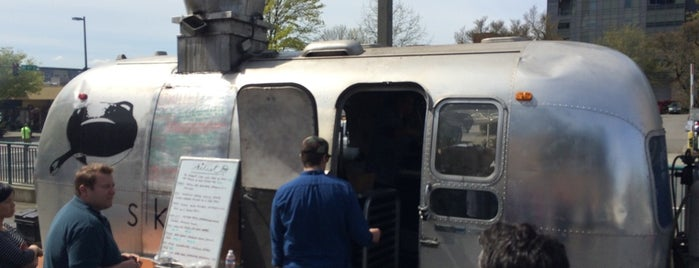 Skillet Food Truck is one of Seattle Tour #VisitUs.