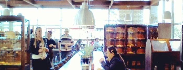 O Padeiro de Sevilha is one of Onde comer em Floripa: delícias p/ o café da tarde.