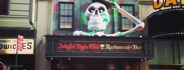 Jekyll & Hyde Club | Resturant & Bar is one of trek to soon....