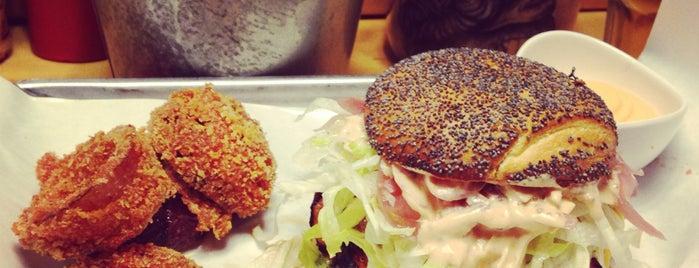 Al Mercato Ristorante & Burger Bar is one of 2Eat....