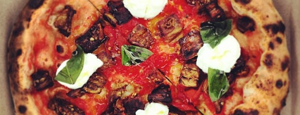 Pitruco Mobile Wood-Fired Pizza is one of Flipadelphia.