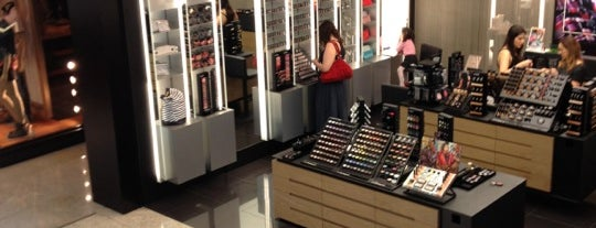 MAC Cosmetics is one of ParkShoppingSãoCaetano.