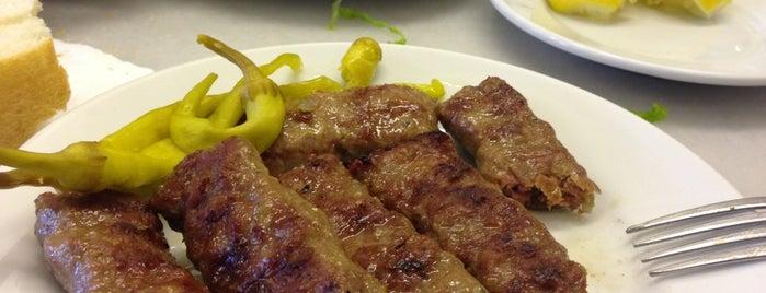 Meşhur Sultanahmet Köftecisi is one of Istambul food.