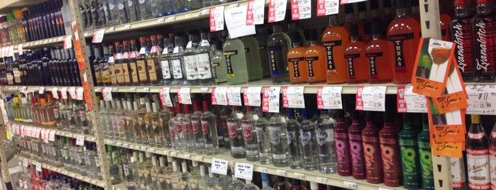 Spec's Wines, Spirits & Finer Foods is one of Recycle Hotspots.