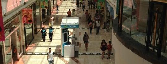 Mall Plaza Vespucio is one of Horas Libres.