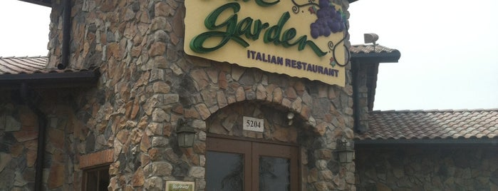 Olive Garden is one of Eateries (:.