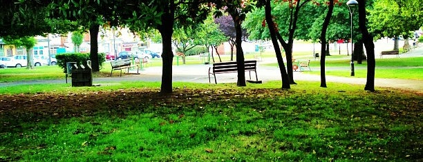 Parque de Versalles is one of Guide to Avilés's best spots.