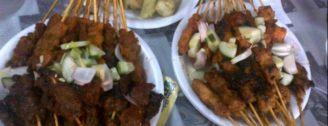 Willy Satay is one of Cheap eats in KL.
