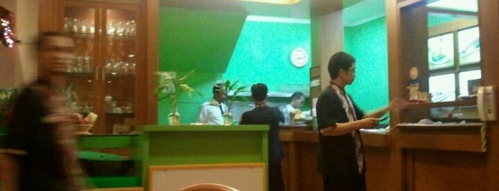 Sari Kuring Restaurant is one of Food Channel - BSD City.