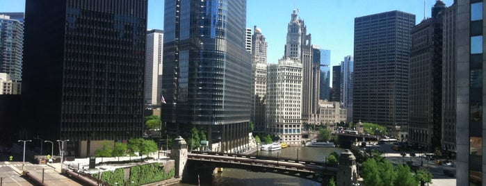 Renaissance Chicago Downtown Hotel is one of Ren.