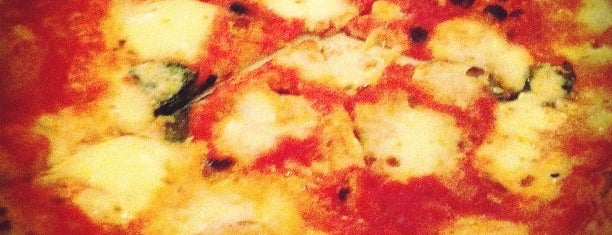 Il Pizzaiolo is one of Best Restaurants in the Burg.