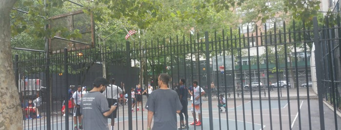 Dr. Gertrude B. Kelly Playground is one of Basketball Scout.