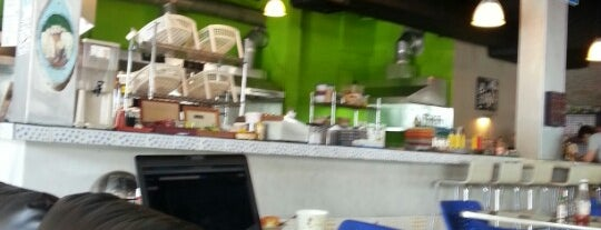 New York Bagel Cafe And Bakery is one of Top places que debes ir a COMER!.