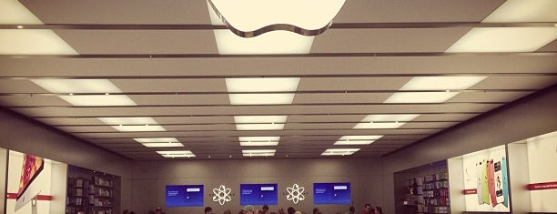 Apple Store, University Park Mall is one of The 20 best value restaurants in South Bend, IN.
