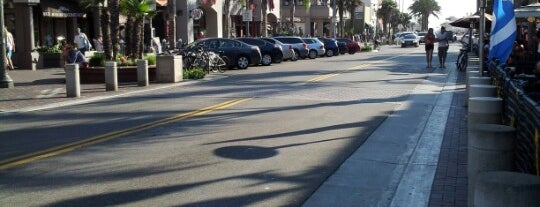 Huntington Beach - Main Street is one of California To-Do List!.