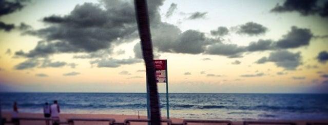 Boa Viagem is one of #dicas de lugares legais no Recife.