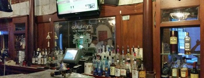 Quigley's Half-Irish Pub is one of Neighborhood.