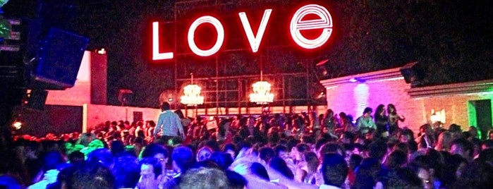 Love is one of Acapulco.