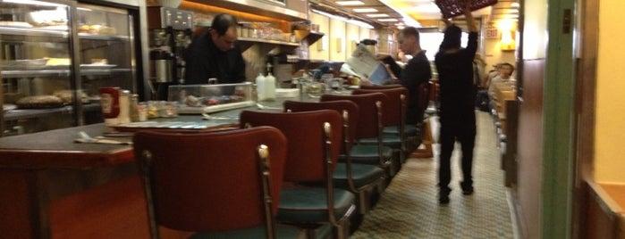 Comfort Diner is one of Mac n Cheese.