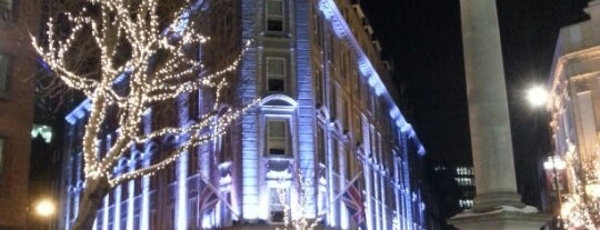 Radisson Blu Edwardian Mercer Street Hotel is one of Whatsonstage Members Benefits.