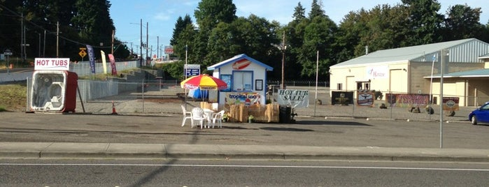 Tropical Sno Of Vancouver is one of My Saved Places.