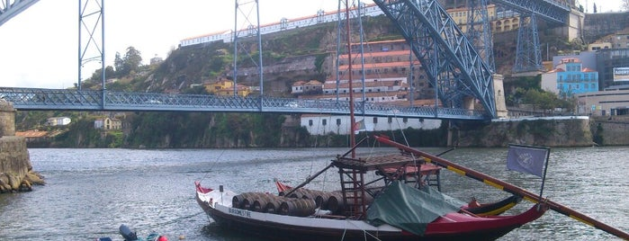 Rio Douro is one of Sítios que valem a pena ir no Grande Porto.