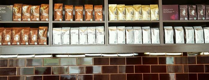Starbucks is one of Dubai Food.