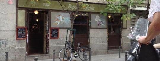 Café Pepe Botella is one of Malasaña - bares, restaurantes y cafés.