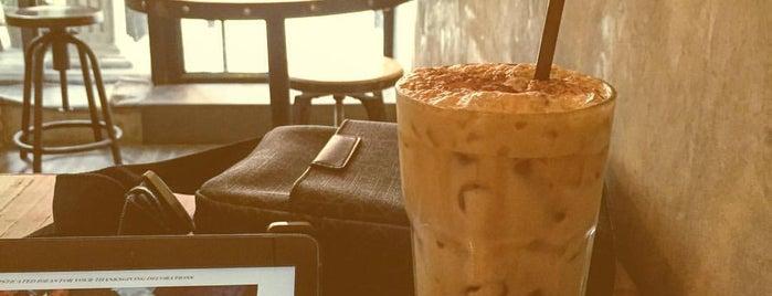 Artisan Café (อาร์ติซาน คาเฟ่) is one of Chaing Mai (เชียงใหม่).