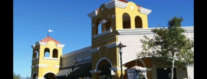Lake Buena Vista Factory Stores is one of Orlando - Compras (Shopping).