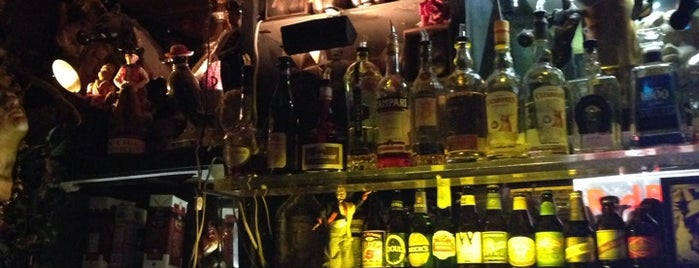 Cafe Van Kleef is one of Dive Bars.