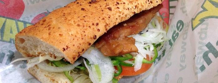 サブウェイ イオンモール大垣店 is one of SUBWAY中部 for Sandwich Places.