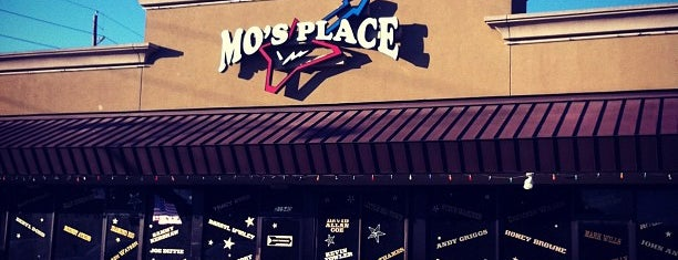 Mo's Place is one of Recycle Hotspots.