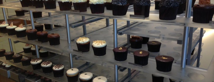 More Cupcakes is one of The 15 Best Places for Cupcakes in Chicago.