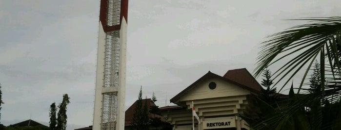 Universitas Negeri Yogyakarta is one of Top 10 dinner spots in Sleman, Indonesia.