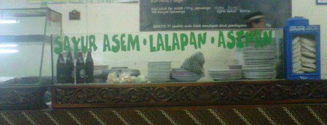 Nasi Uduk & Ayam Goreng LAHAP is one of Favorite Food.