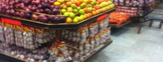 Sonda Supermercados is one of Fav.