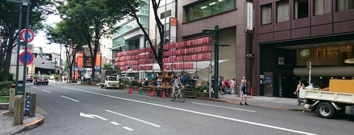 ファミリーマート 渋谷道玄坂店 is one of 渋谷コンビニ.