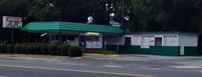 Sandwich Inn is one of Places to visit before I leave Gainesville.