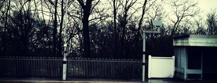 Dunton Green Railway Station (DNG) is one of Train stations.