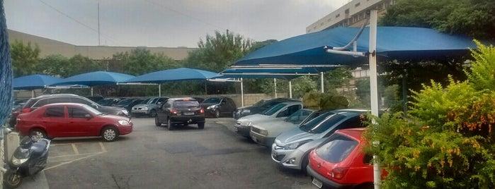bf estacionamento e lava rapido is one of Limão.