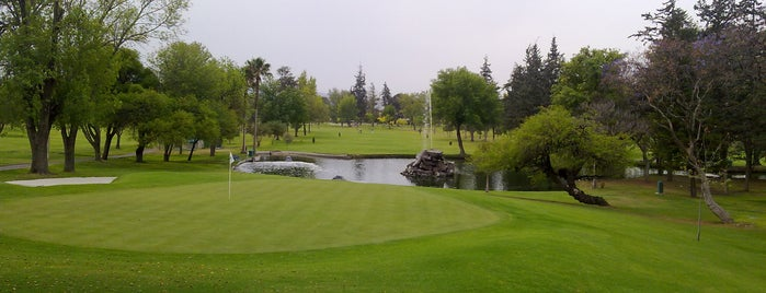Club Campestre de Querétaro is one of Entretenimiento.