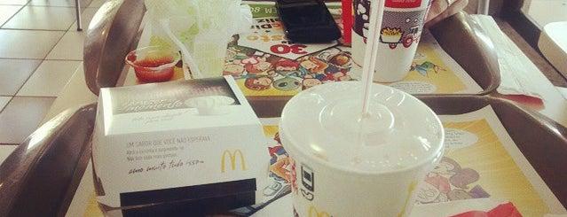 McDonald's Sorvetes is one of Shopping Uberaba.