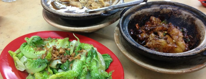 Yap Chuan Bah Kut Teh 叶全(干)肉骨茶 is one of Must try food in Puchong.