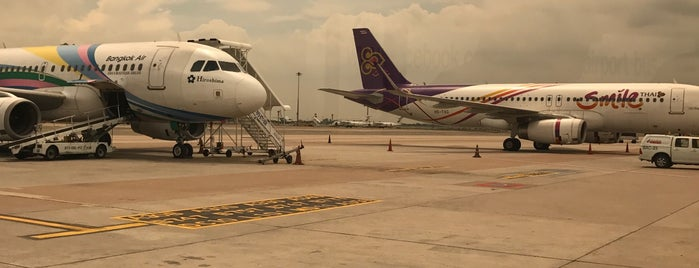 Stand 105L is one of TH-Airport-BKK-3.