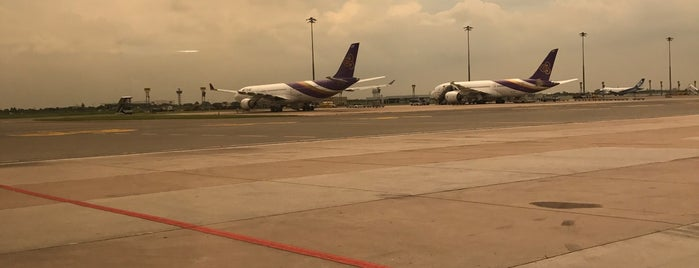 Stand 105R is one of TH-Airport-BKK-3.